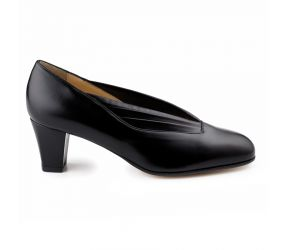 Attica - Black Leather Pleated Pump