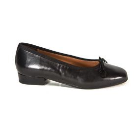 ARA Brenan Low Heel Black Leather