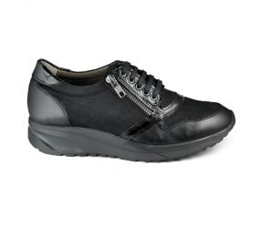 Tape - Arouca Black Leather/Nubuck Lace Up