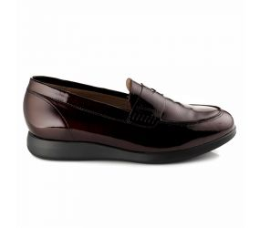 Piesanto - Burgundy Patent Penny Loafer
