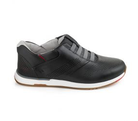 Kizik - Boston Black Leather Slip On